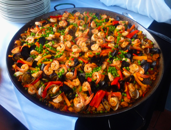 Paella, Chicken Paella, Vegetarian Paella, Meat and Chorizo Paella ...